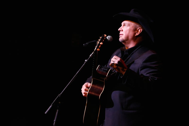Garth Brooks performs onstage at the ASCAP Centennial Awards at Waldorf Astoria Hotel on November 17, 2014