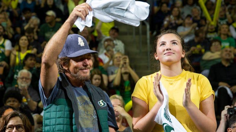 Eddie and Olivia Vedder
