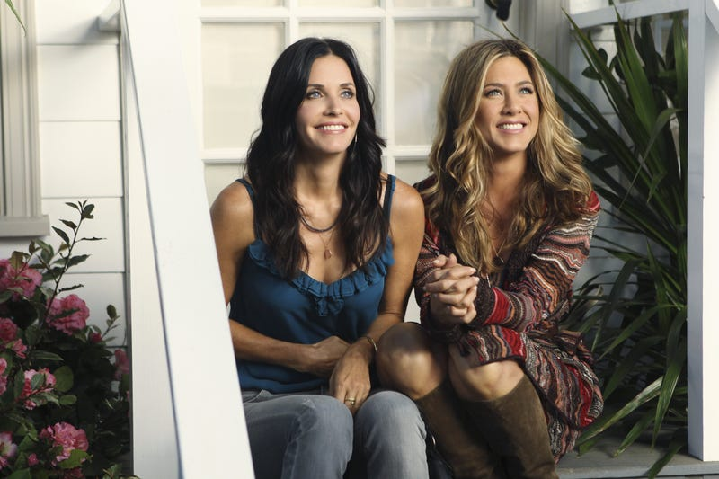 courteney cox and jennifer aniston on cougar town