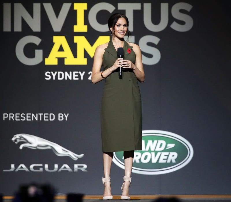 Meghan, Duchess of Sussex speaks on stage during the 2018 Invictus Games Closing Ceremony at Qudos Bank Arena on October 27, 2018 in Sydney, Australia