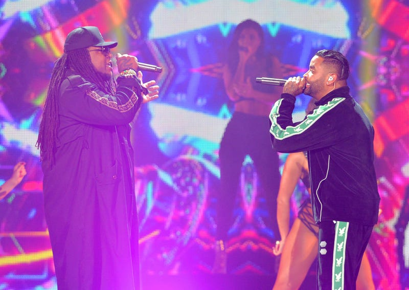 Zion & Lennox performs onstage