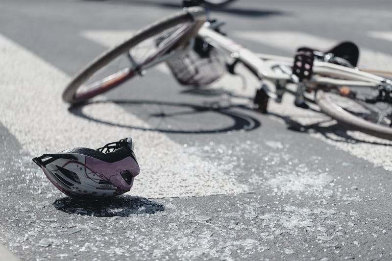 Bicycle crashed in roadway