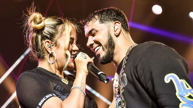 Karol G y Anuel AA en concierto juntos