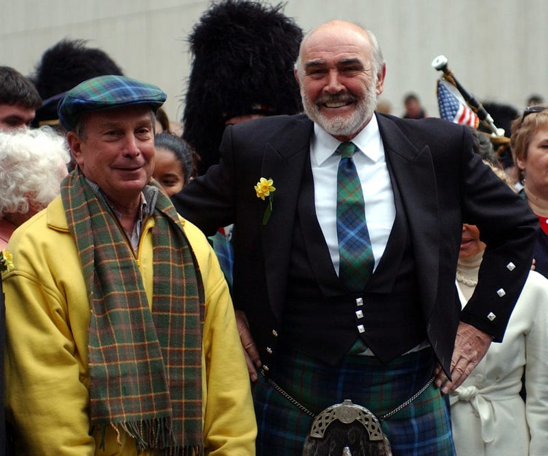 New York City Mayor Michael Bloomberg & Sean Connery meet before the start of the parade.