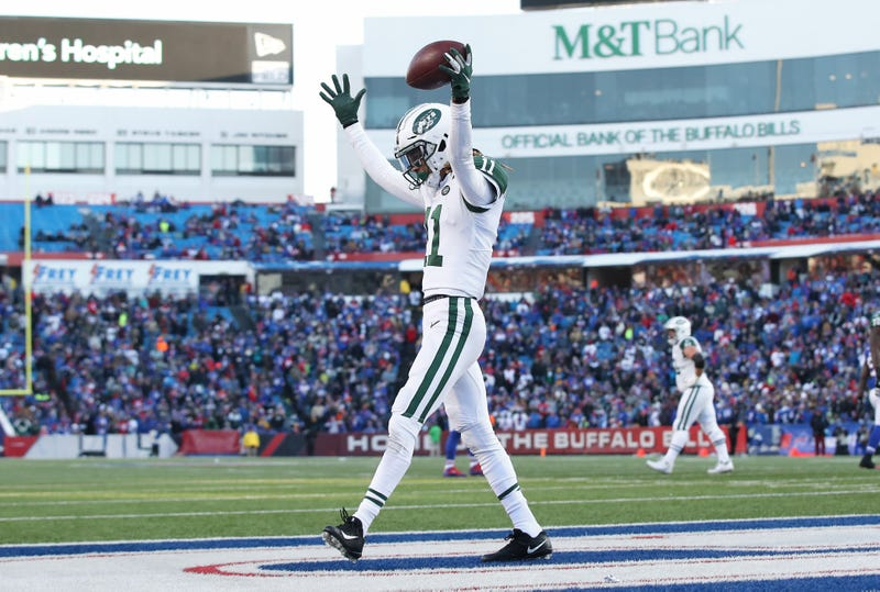 Jets receiver Robby Anderson celebrates a touchdown