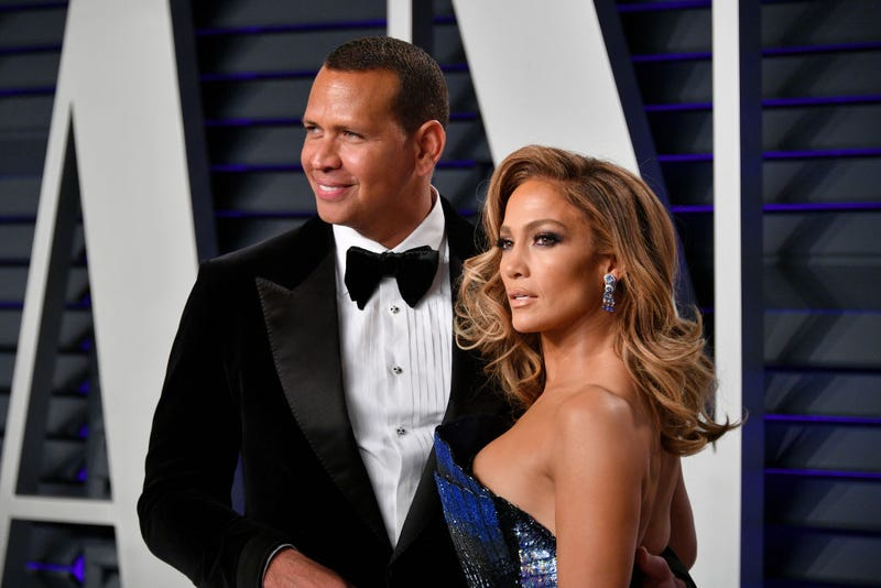 Alex Rodriguez (L) and Jennifer Lopez attend the 2019 Vanity Fair Oscar Party hosted by Radhika Jones at Wallis Annenberg Center for the Performing Arts on February 24, 2019 in Beverly Hills, California. (Photo by Dia Dipasupil
