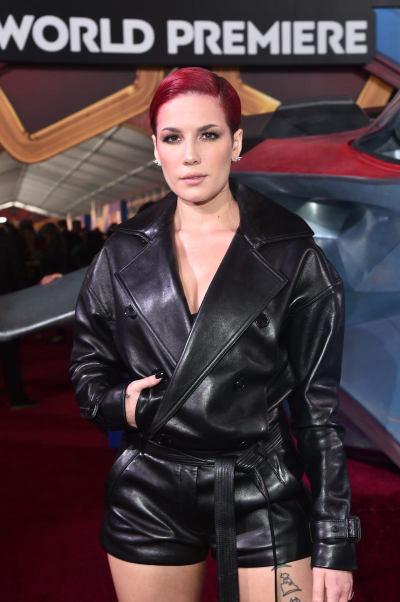 halsey at the captain marvel premiere in march 2019