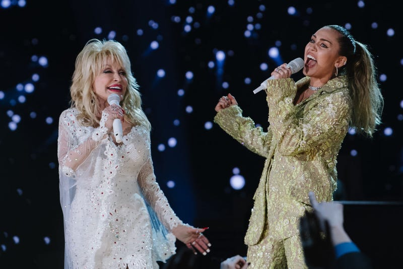 Dolly Parton and Miley Cyrus perform onstage at the 61st annual GRAMMY Awards at Staples Center on February 10, 2019 in Los Angeles, California. (Photo by Emma McIntyre