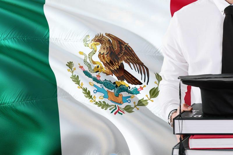 graduacion bandera mexicana