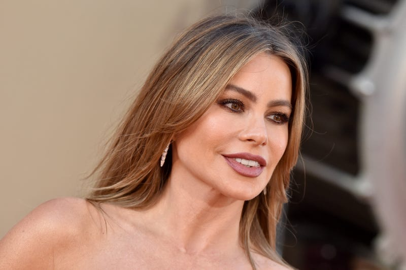 sofia vergara at once upon a time in hollywood premiere