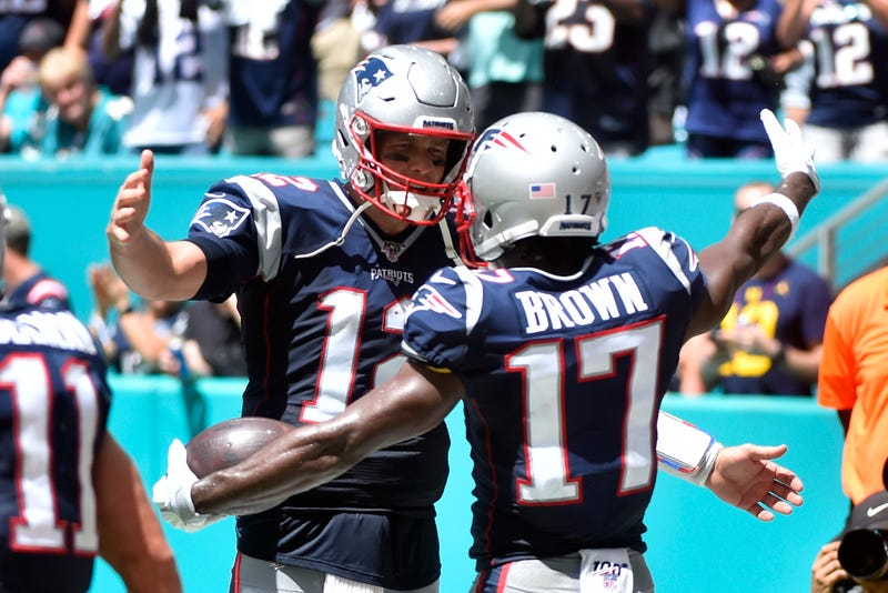 Tom Brady and Antonio Brown connected for a touchdown in their first game together.