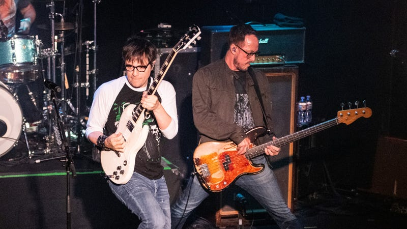 Rivers Cuomo and Scott Shriner of Weezer