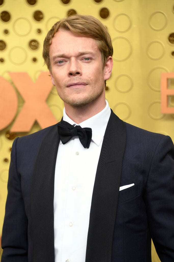alfie allen from game of thrones arrives to 2019 emmy awards
