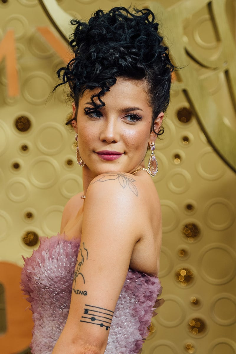 halsey at the 2019 emmy awards