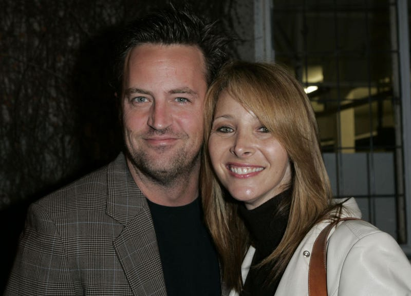 matthew perry and lisa kudrow in 2006