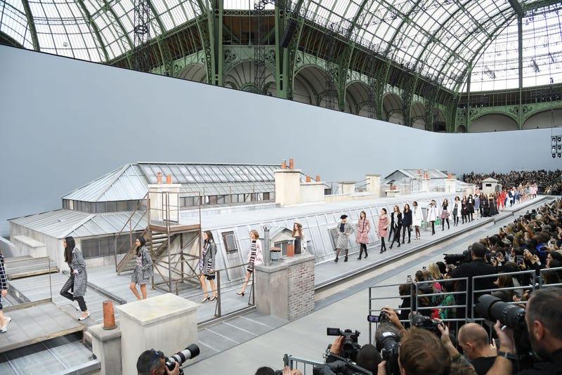 Gigi Hadid Confronts Catwalk Crasher During Paris Fashion Show