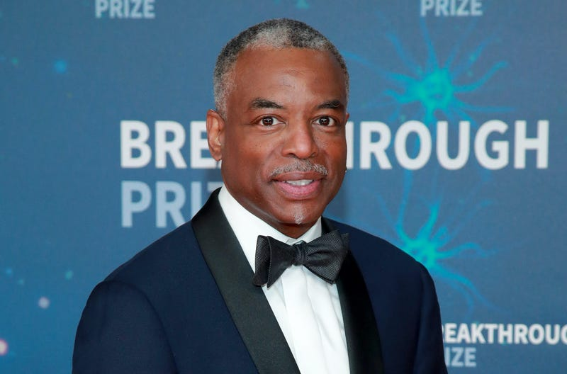 LeVar Burton attends the 8th Annual Breakthrough Prize Ceremony at NASA Ames Research Center