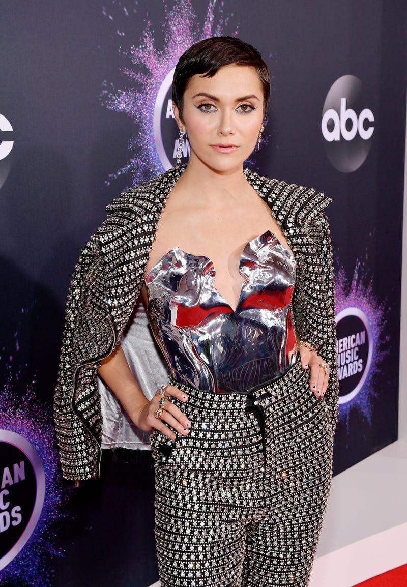 Alyson Stoner Nude Pics 2019 american music awards: red carpet arrivals