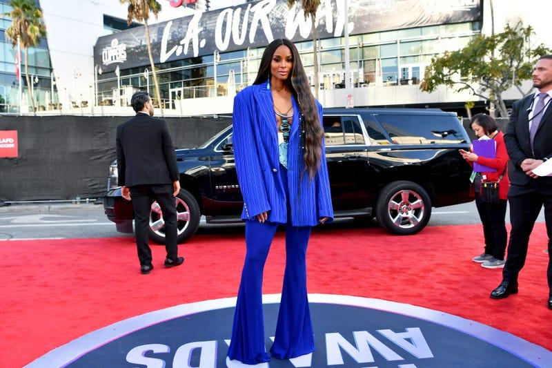 ciara at 2019 ama awards