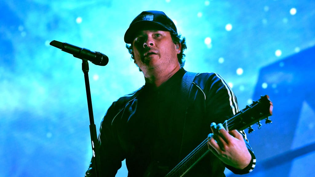 Angels And Airwaves announce new album 'Lifeforms' and world tour