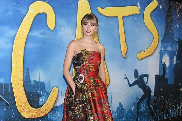 Taylor Swift at the 'Cats' premiere