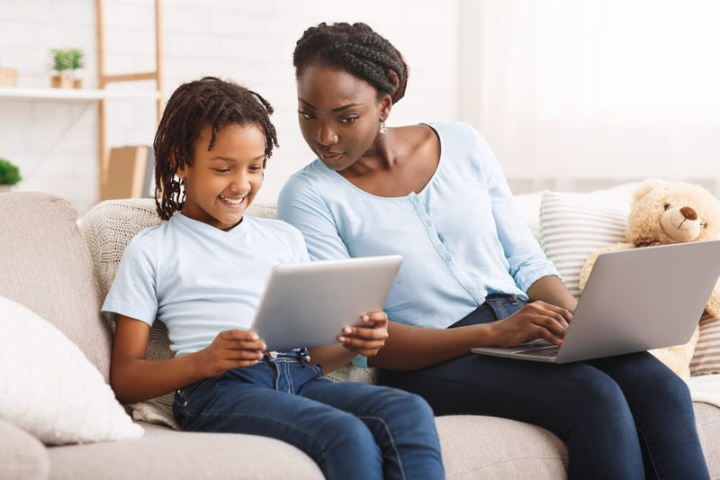 Helping kids navigate online information