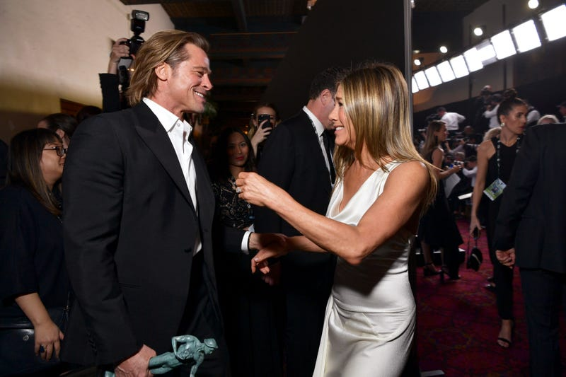 brad pitt and jennifer aniston reunite at 2020 sag awards backstage