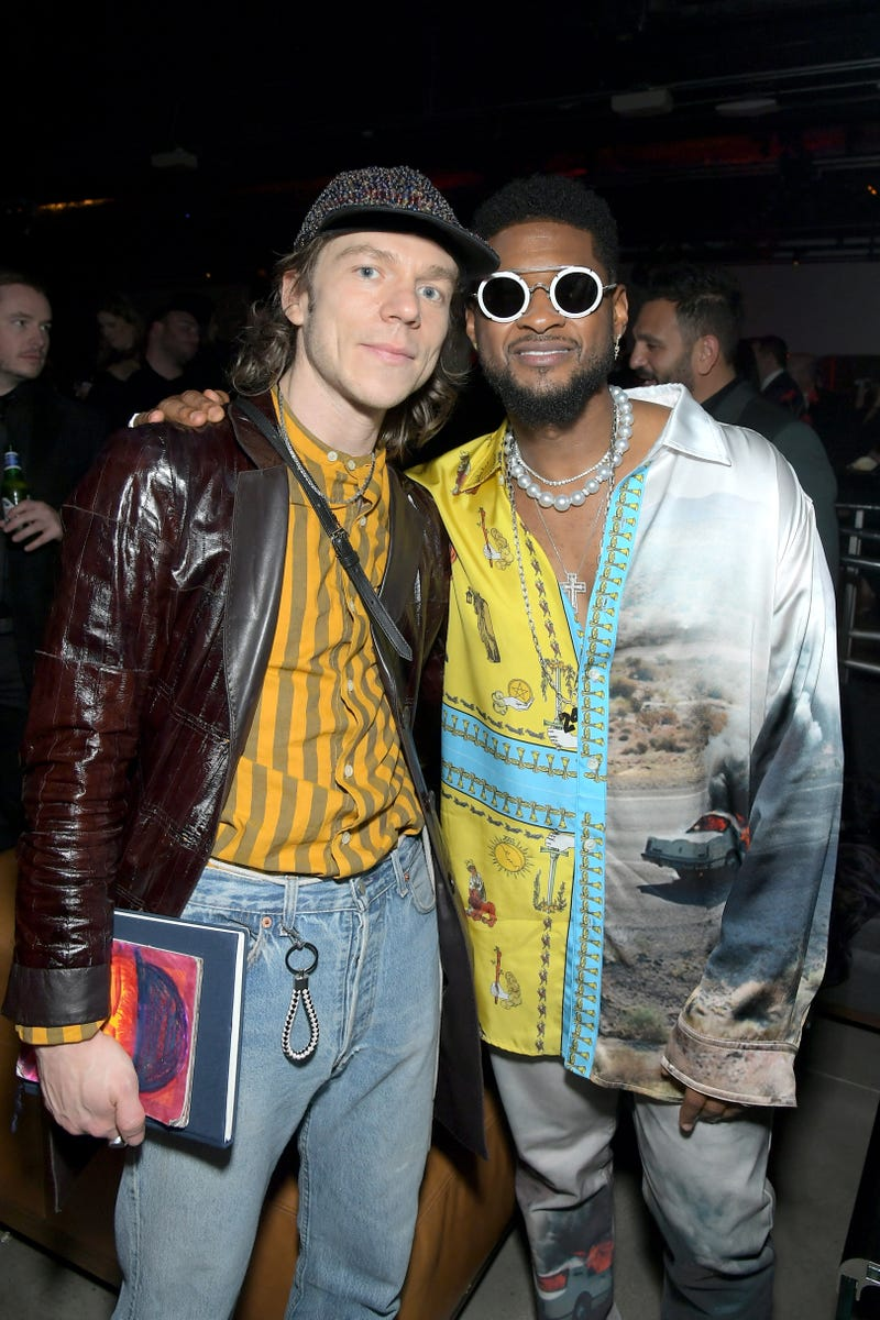 matt shultz of cage the elephant and usher