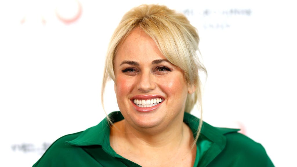 Rebel Wilson shares swimsuit photos from sunny vacation: 'I'm stronger up against the ropes'