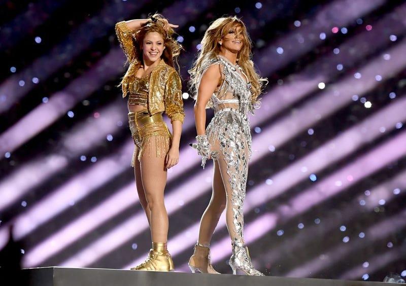 Shakira y Jennifer Lopez en la presentacion de medio tiempo del Super Bowl