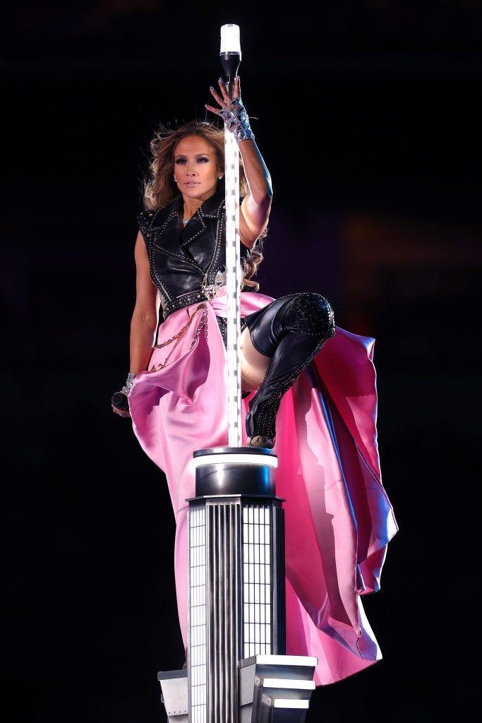 Jennifer Lopez en el escenario de Nueva York en el Super Bowl 2020