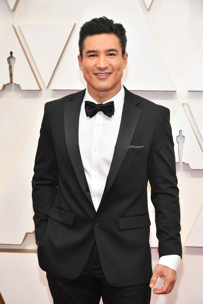 mario lopez at the 2020 oscars