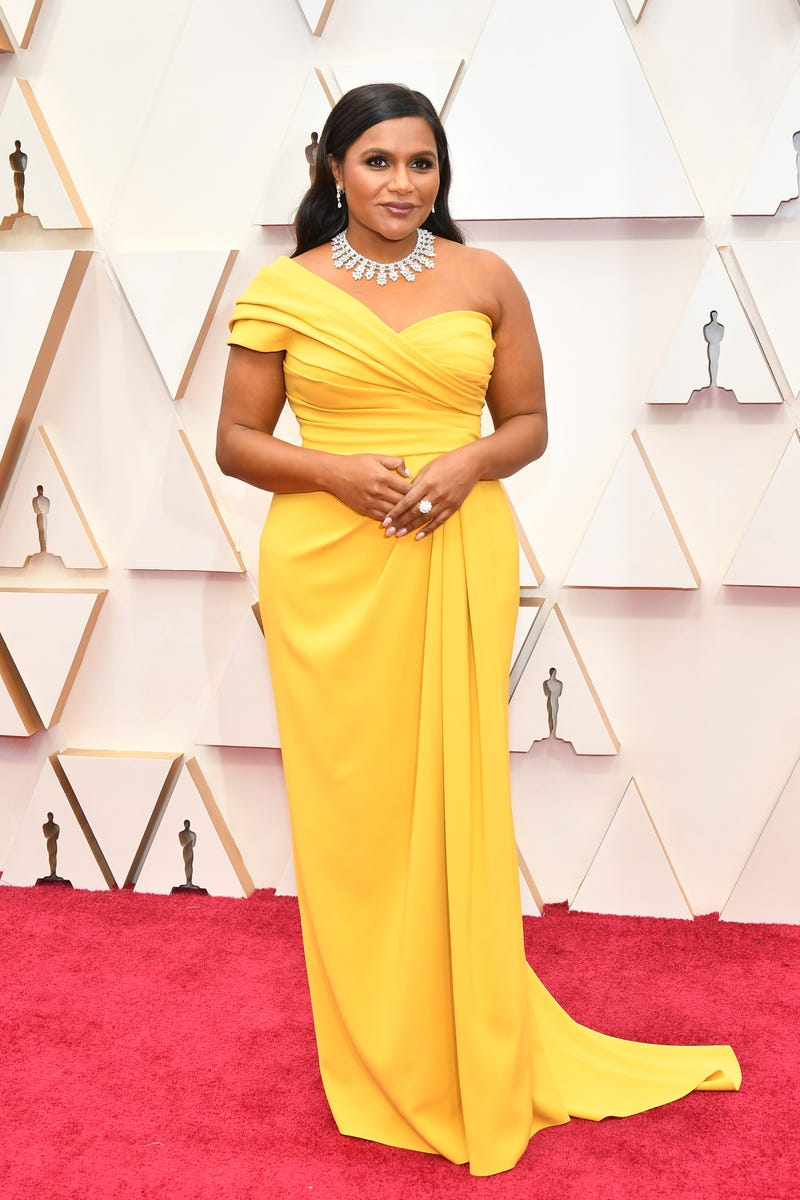 mindy kaling at 2020 oscars