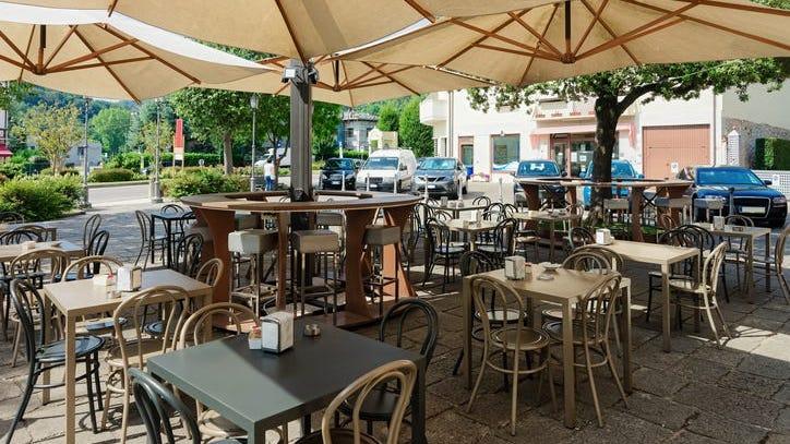 New permanent rules for sidewalk restaurant seating proposed for Philadelphia