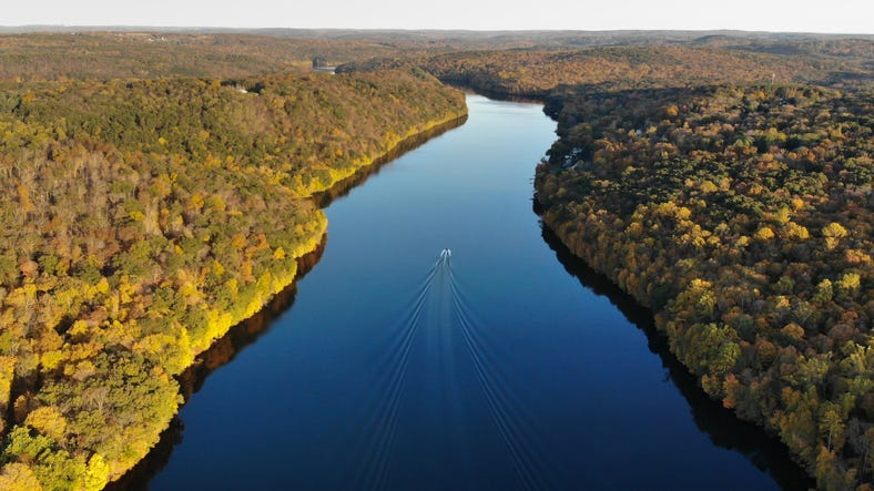 Housatonic River Valley, Lake Lillinoah Litchfield County, Connecticut