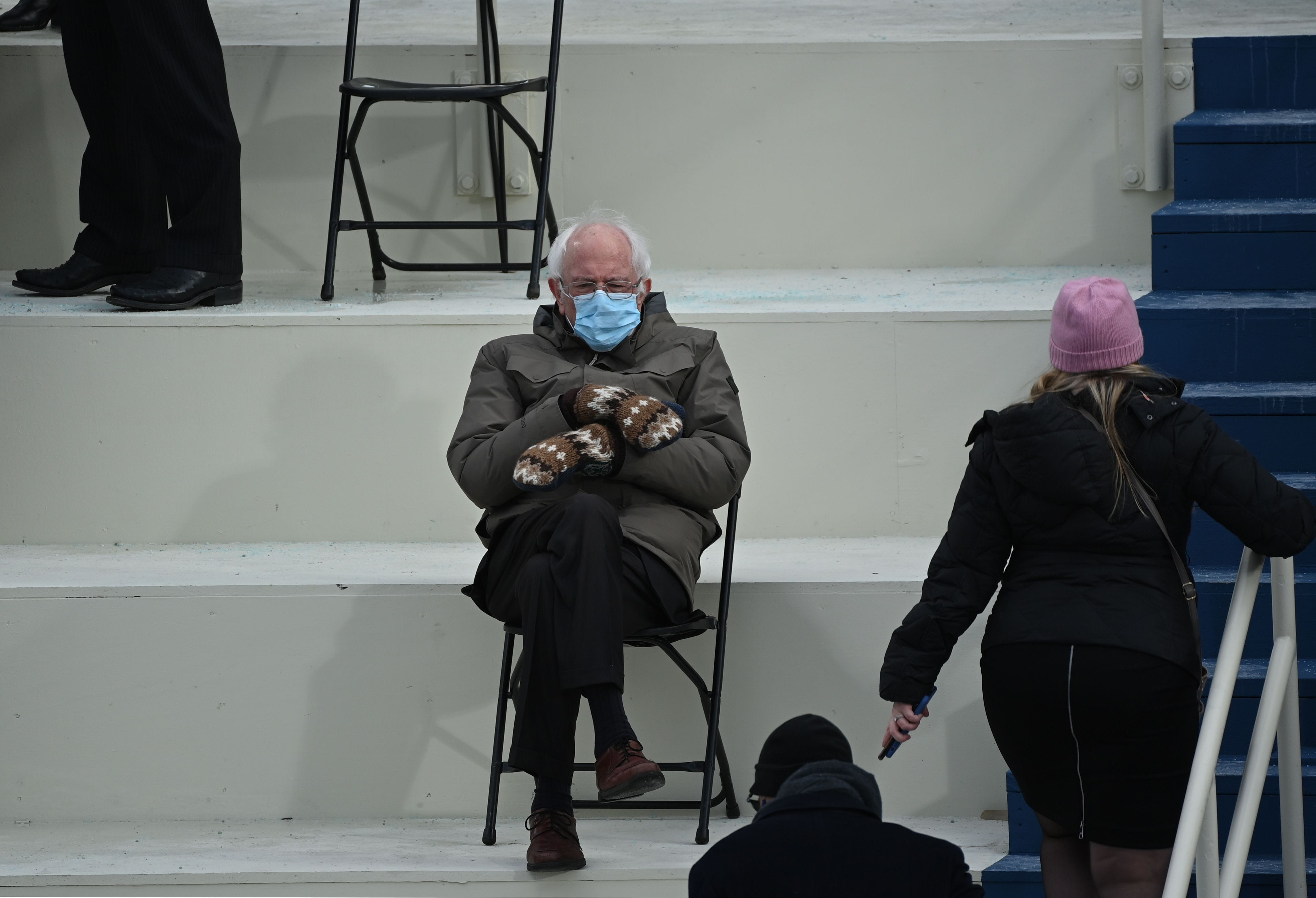 #BerniesMittens: Bernie Sanders makes inaugural fashion statement 'looking like a man who was preparing to shovel the driveway'
