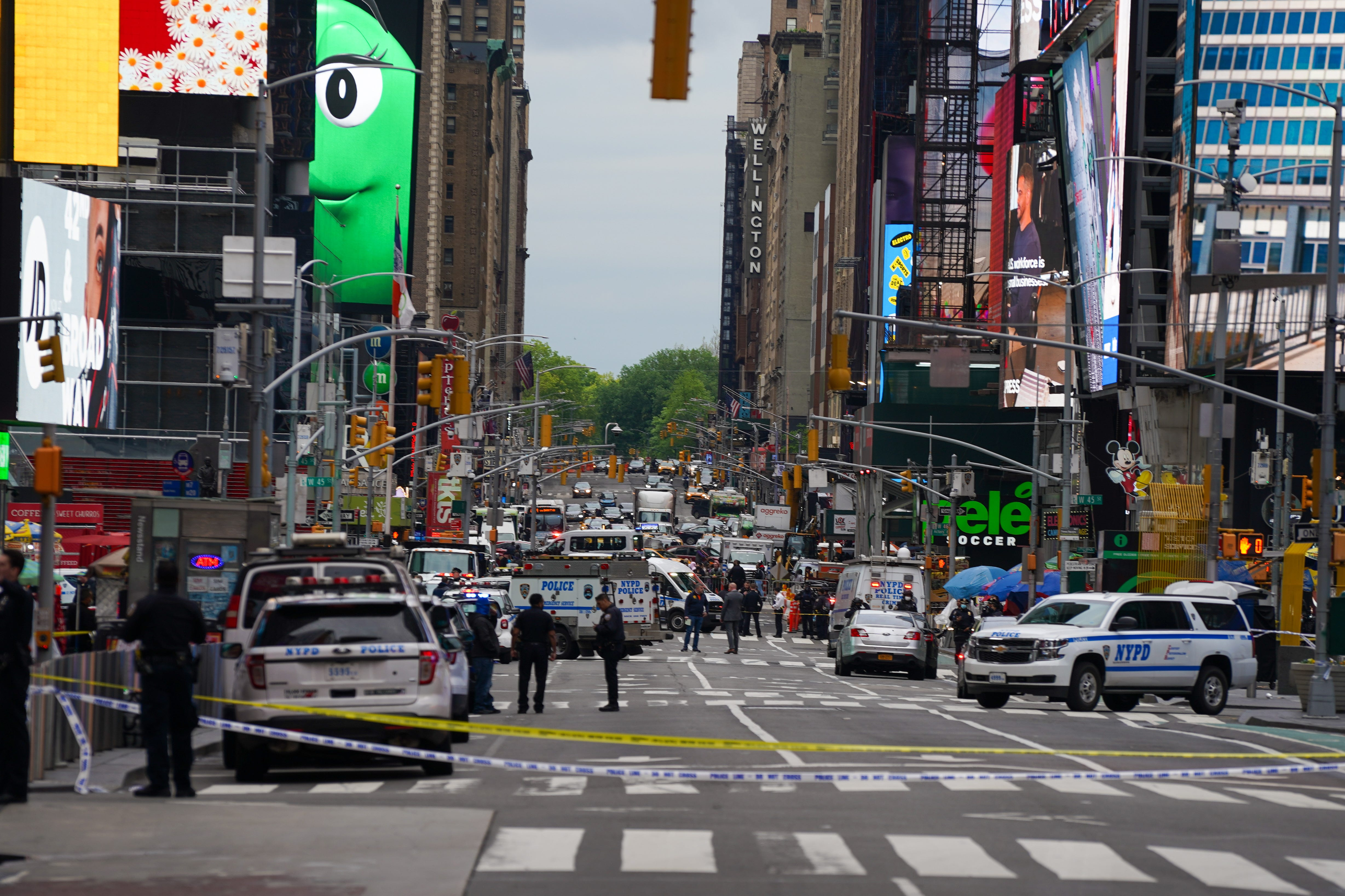 Girl, 2 women wounded in Times Square shooting