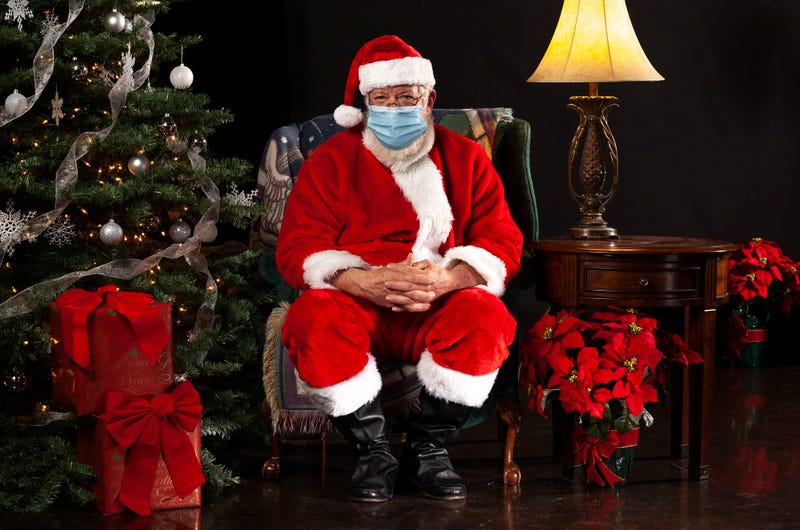 Santa visits amid COVID-19 pandemic