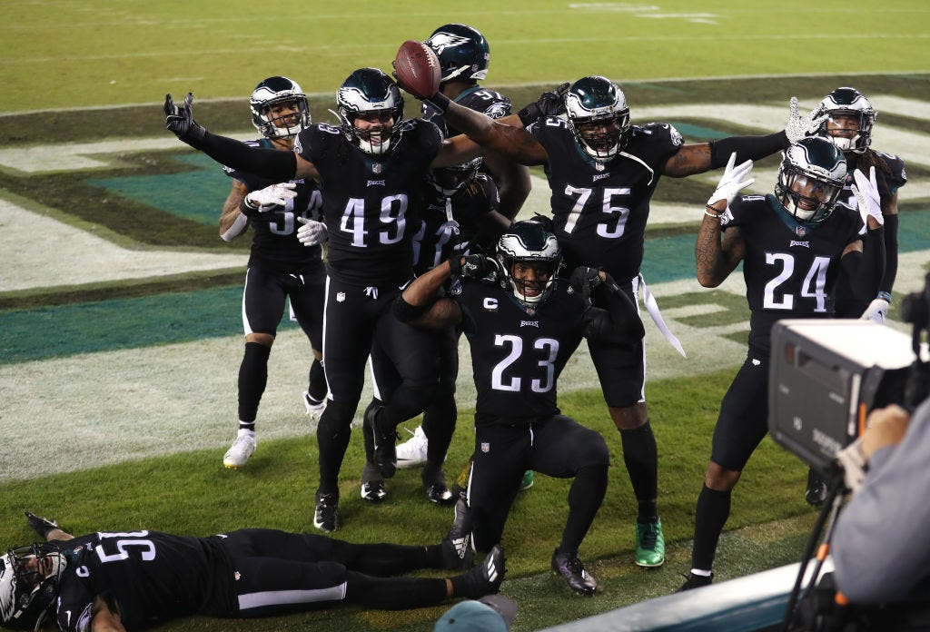 Sports bettor claims to have spent last $100 on Giants-Eagles parlay and won big time