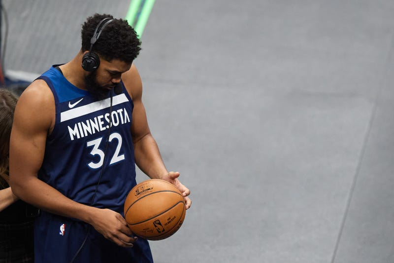 Karl-Anthony Towns returns to Timberwolves