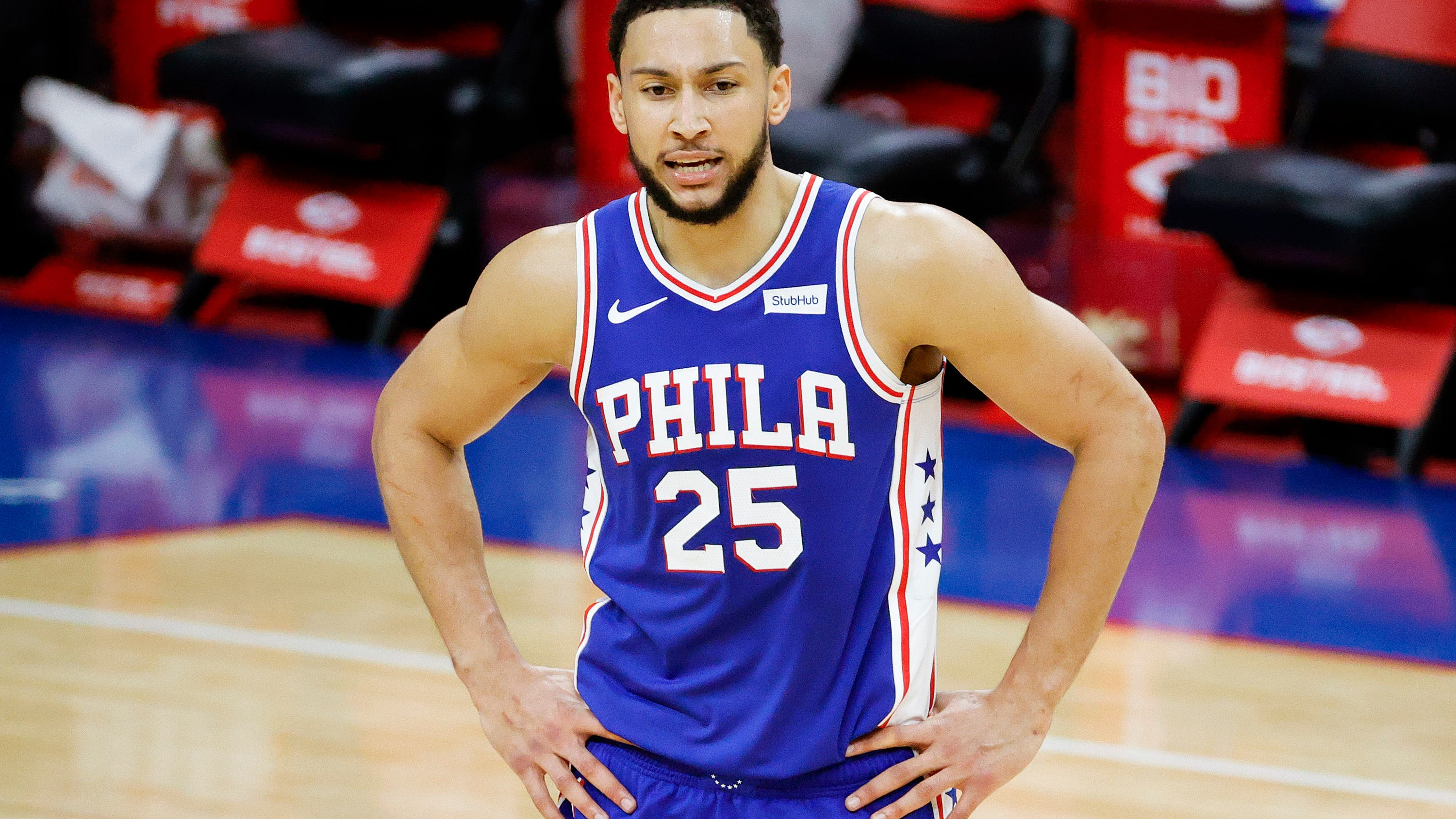 Shaq: 'We can make the assumption' that Sixers' Simmons isn't putting in the work