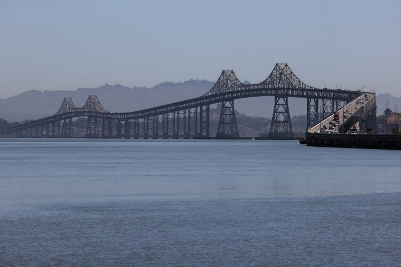 It's a race against time for water managers in southern and central Marin County in their attempt to build a pipeline across the Richmond-San Rafael Bridge.