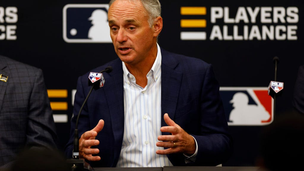 MLB Commissioner Manfred: 'Not sure we see a path' to build new stadium in Oakland