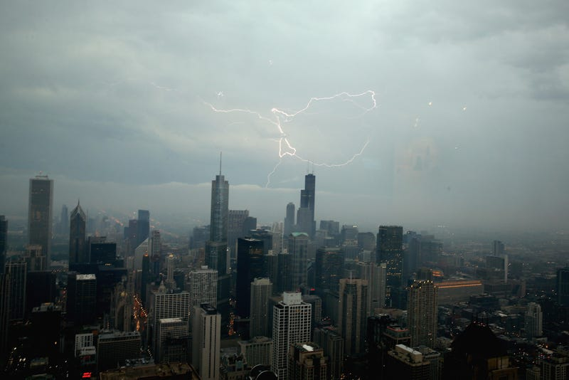 Severe thunderstorm warning issued for Chicago, Evanston and Cicero