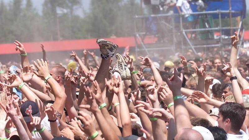Woodstock '99 crowd