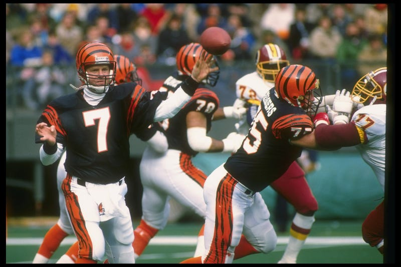 boomer esiason throws for cincinnati bengals