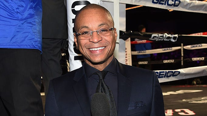 Gus Johnson got rave reviews in awesome return to NFL broadcasts