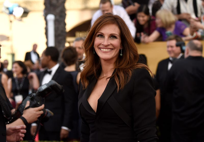julia roberts at monster magic photocall