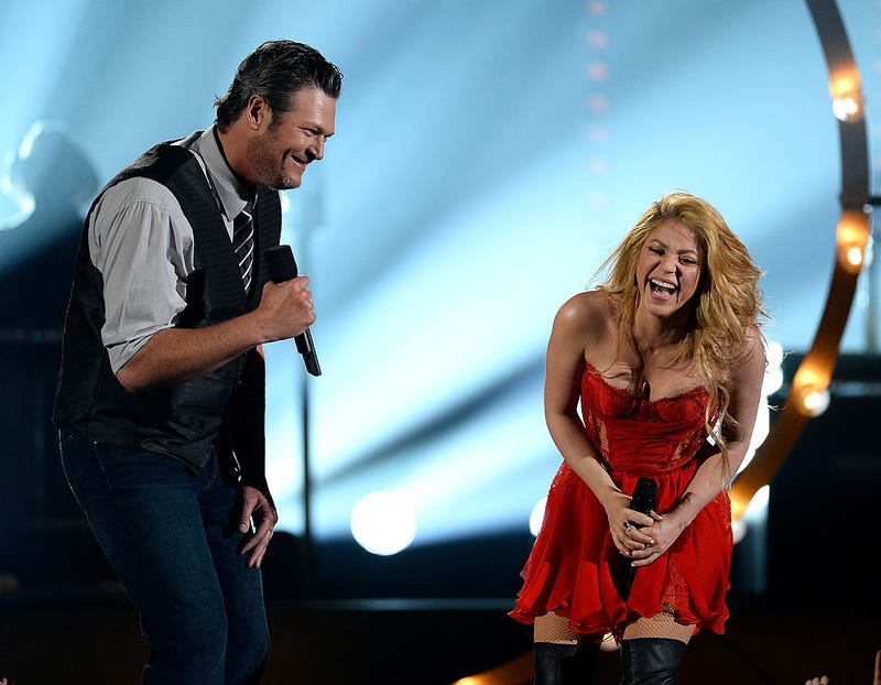 Blake Shelton (L) and Shakira perform during the 49th Annual Academy of Country Music Awards at the MGM Grand Garden Arena on April 6, 2014 in Las Vegas, Nevada.