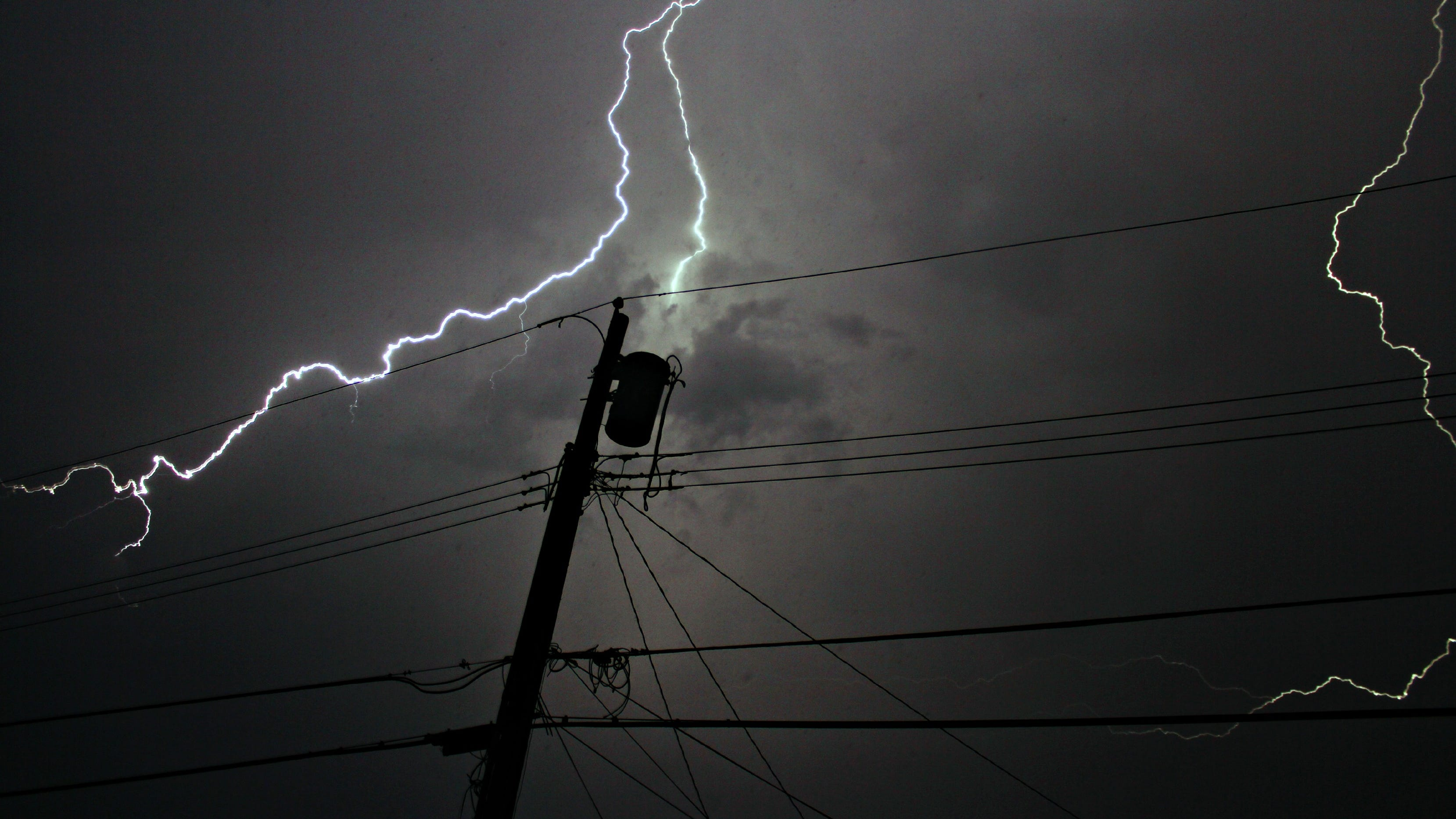 Tips for getting through power outages during, after storms